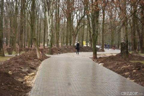 Сквер «Николаевский» продолжают преображать: в зеленой зоне вскоре высадят деревья