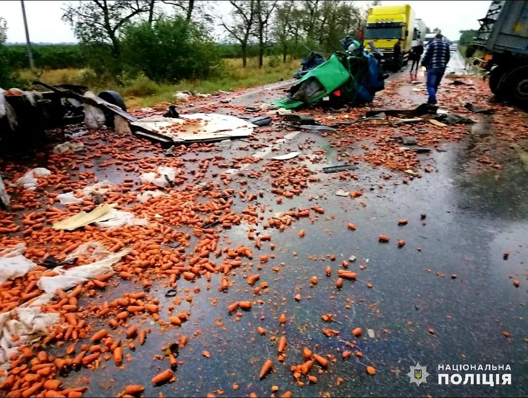 в тульской области столкнулись два грузовика фото как